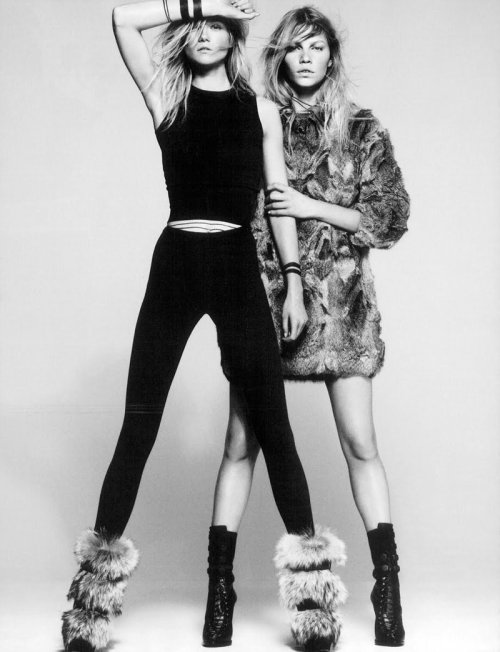 lovelostfashionfound:  Kasia Struss and Aline Weber - Vogue Espana November 2010
