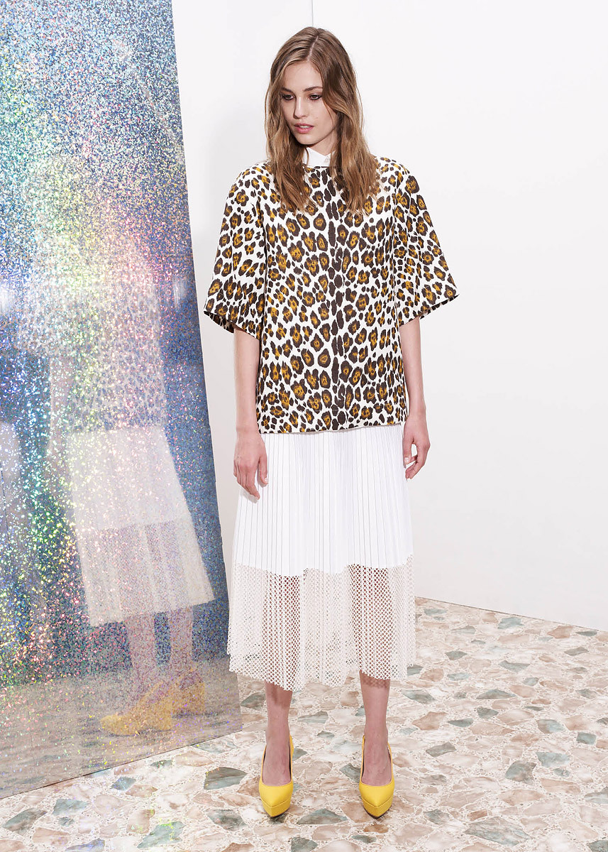 vogue:  Stella McCartney Resort 2013 Photo: Courtesy of Stella McCartney  Visit Vogue.com for the full collection and review.  (via imgTumble)