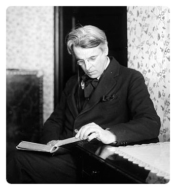 awesomepeoplereading:  William Butler Yeats reads.  The lineaments, the heart that laughter has made sweet,These, these remain, but I record what's gone. —Poetry, December 1912 W.B. Yeats was born on June 13, 1865.