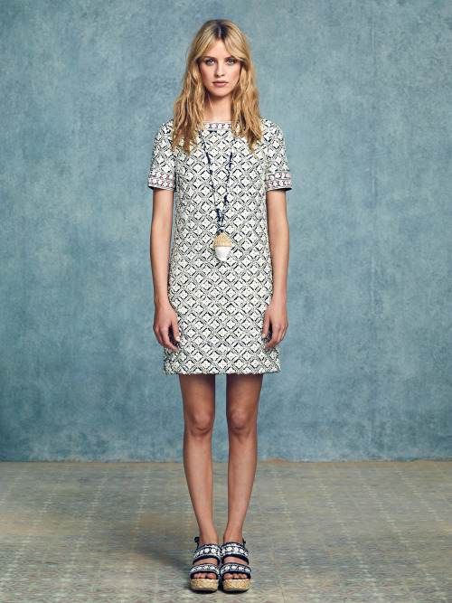 "toryburch:  R is for Resort 2013 ""We did traditionally rich fabrics in casual, effortless ways: a striped knit with a pair of brocade clam diggers in pale gold and green, a ladylike day dress in a seahorse print or geometric, or a swimsuit with bustier detail. Our jewelry and accessories are laidback, too, from brocade brogues and straw bucket bags with pailettes to shell-and-crochet pendants and glitter walking sandals."" — Tory"