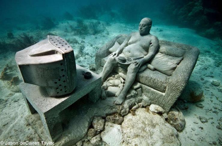 Podvodne skulpture Tumblr_m5kgalT4SH1qh8afto3_1280