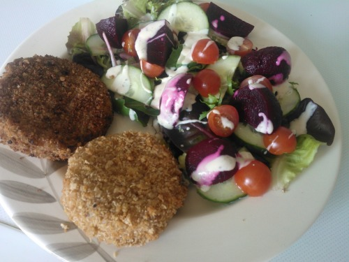 Dinner; mixed salad with light dressing, one smoked mackerel fishcake and one chilli salmon fishcake.