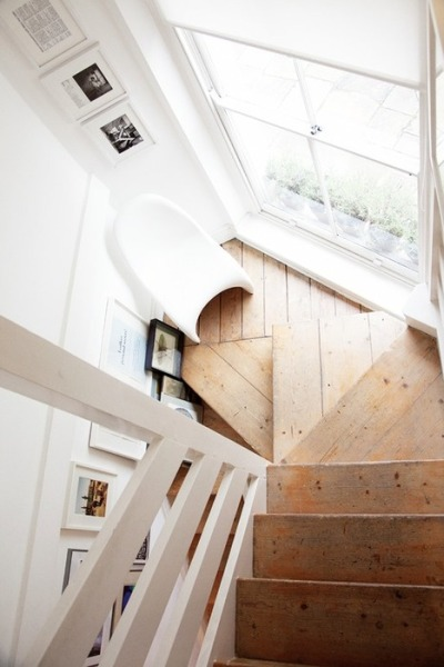 styledecorum:  wooden stairs down
