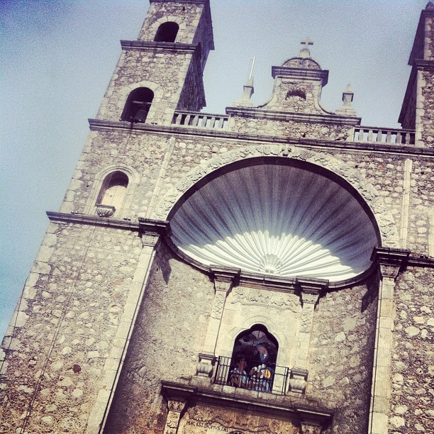 Another day in Merida…this church is right across from us (Taken with Instagram at Sistema Coopera Crecencio A. Cruz)