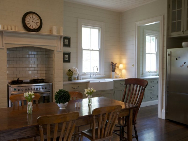 Great farmhouse kitchen via Desire to Inspire.