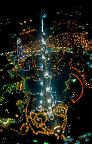 Amazing shot of the Burj Khalifa at night