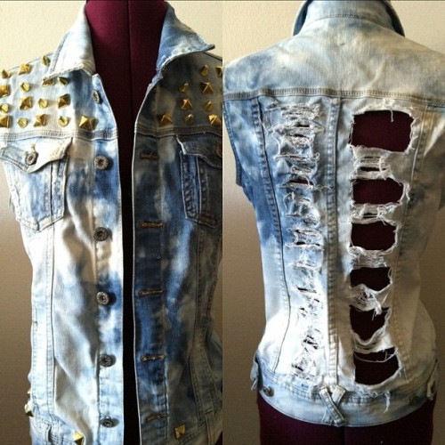 #Custom work by The Style Dolls #denim #studs #vest #stud #studs #studded #shredded #tyedye #tiedie #faded #cut #dope #cute #hot #instafashion #fashion #womens These items can be purchased from 👉 @swankaposh  (Taken with Instagram)