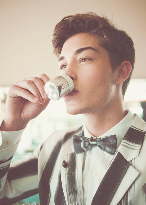 4⎢infinite picture of whoever I want → Francisco Lachowski