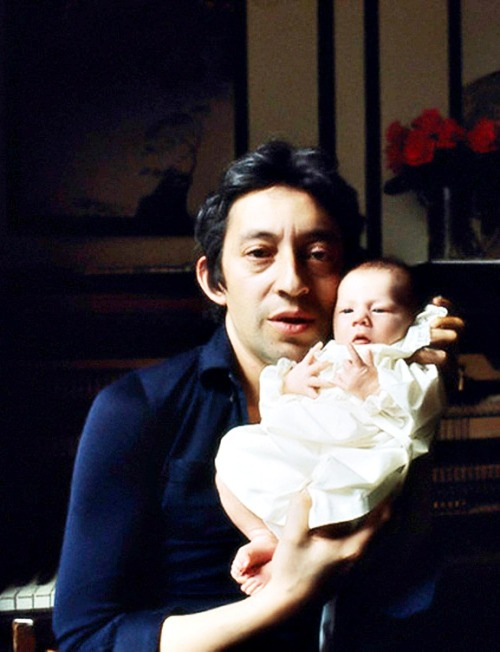 Serge Gainsbourg with his daughter Charlotte, Paris 1971