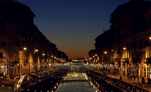 bluepueblo:  Canal Lights, Milan, Italy photo by asu