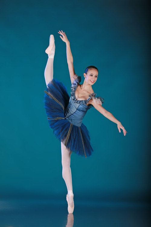 danseurprincipal:  Liana Carpio, Houston Ballet II