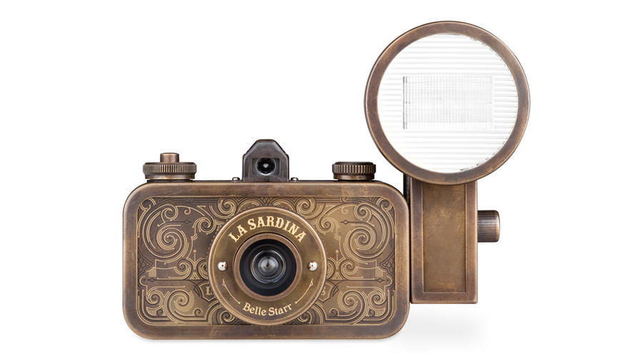 Lomography's La Sardina Camera & Flash