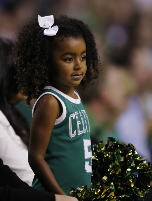 fyeahbostonceltics:  KG's daughter is soooooo cute.