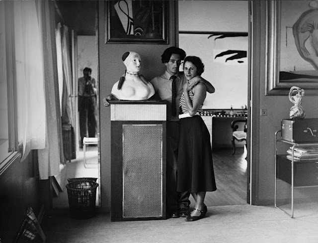 cavetocanvas:  Brassaï, portrait of Salvador Dalì and his wife, Gala