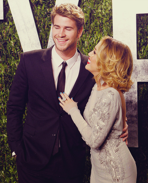 26/30 pictures of miley & liam (★)