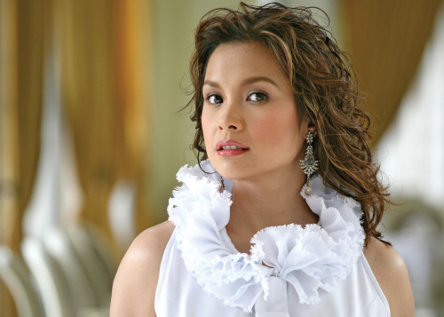 Lea Salonga.. favorite Eponine of all time.