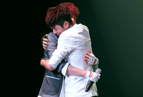 004/010 ships that be sailing forever → Kim Myungsoo / Kim Sunggyu