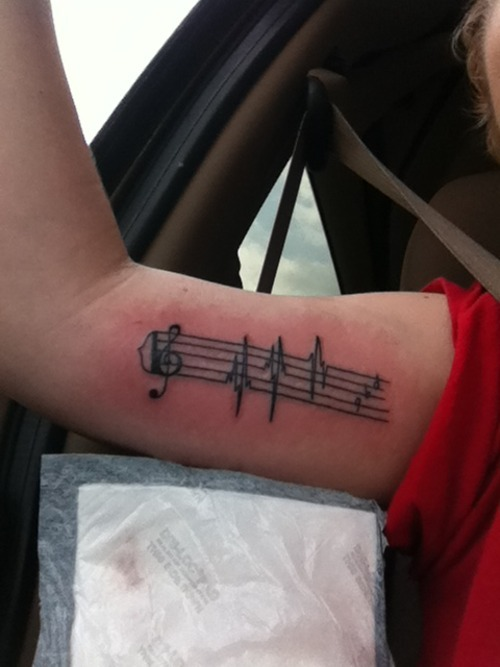 fuckyeahtattoos:  i love everything about music.. so why not. done by a guy named Danny at Customs in Altoona, PA.