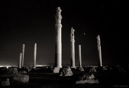 Persepolis Planets  The bright planet Venus meets with Saturn above the ruins of Persepolis, a 2500-year old site of ancient Persian palaces and temples near Shiraz in southern Iran.