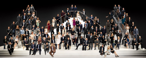 We can't stop staring at Paramount's 100th anniversary picture, featuring the likes of Tom Cruise, Brad Pitt, Meryl Streep, Steven Spielberg, Barbra Streisand, Eddie Murphy, Jamie Lee Curtis, and, of course, Rosie Huntington-Whitely and Justin Bieber. It's fun to imagine what's in their minds (and hearts) and to watch the video that proves the image was not created entirely through the magic of Photoshop. via Vanity Fair