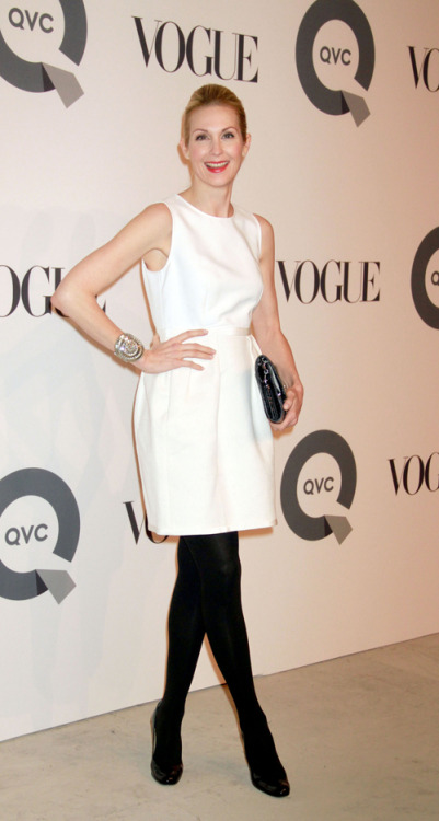 Kelly Rutherford, who plays Lily Humphrey on Gossip Girl, is wonderful!