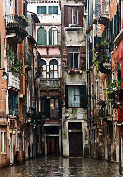 Venice, Italy  Photo by Fabrizio Fenoglio