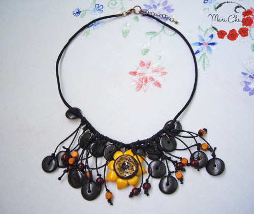 So let there be a small set of those re-made necklaces I've made for my friend. I found it quiute tiring to post one a hour or a day, also I want to show this stuff to somebody^^