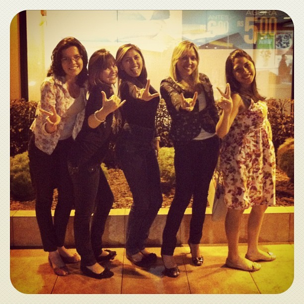 #Marlaine, #Jady, #Juciara, #Sinara e #Juliana. #friends, #girls, #dramadascrentes, #church, #latin #brazilian #iphone4 #iphoneography #brazil  (Taken with Instagram at McDonald's)