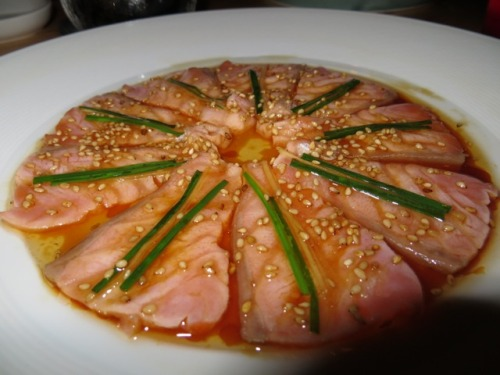 poplipps:  The Salmon new style at Nobu….
