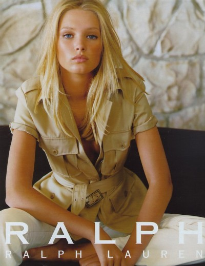 80s-90s-supermodels:  Ralph Lauren, circa late 90sModel : Sharon Van Der Knaap   FOLLOW HERNAMEISCOCO AND ASK FOR A FOLLOW BACK :) XOXO