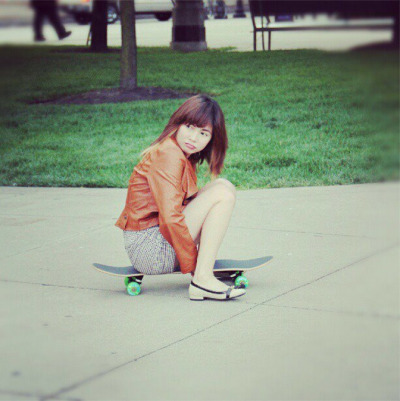yengconstantino:  Skateboard pala ah! hahahahha! thanks ate Olive for the photo!  Cuteeeeeeeeee ^^