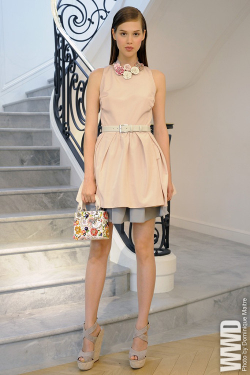 womensweardaily:  Dior Resort 2013 In his last effort for the house of Dior before Raf Simons takes over, Bill Gaytten delivered an attractive resort collection.  For more