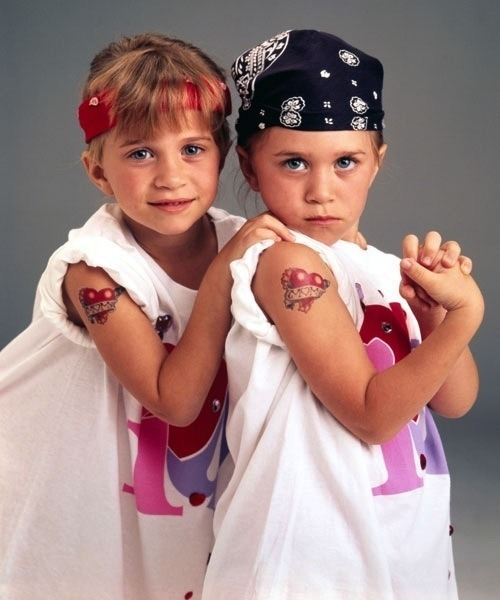 "imremembering:  26 Must-Know Facts About Mary Kate and Ashley Olsen ""11. Ashley Hates the sound of people eating bananas."" [Buzzfeed]"