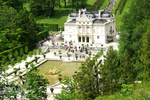 21vines:  Linderhof castle (by shaferlens)
