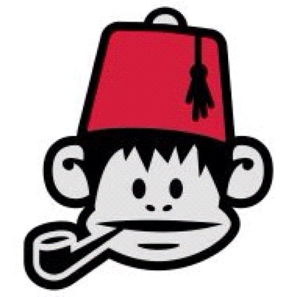 bohpipesoc:  Nothing better than a fez wearing, pipe smoking monkey. #pipe #smoke #monkey #fez #shriner (Taken with Instagram)  I disagree: Two fez wearing, pipe smoking monkeys.