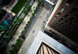 inspirens:  Intersection | NYC by navid j on Flickr.