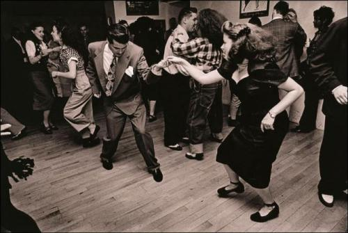 vintagechampagnefever:  A Forties London dance hall