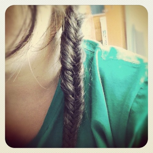 Waiting for cells to grow? #fishtail #braid #obviouslythethingtodo (Taken with Instagram at Abramson Research Center)