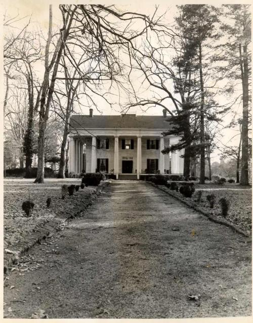 gatrust:  Barrington Hall, Roswell, Ga. (built 1842)