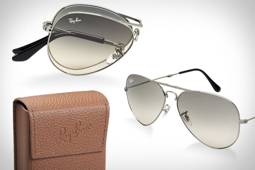 (via Ray-Ban Folding Aviator Sunglasses | Uncrate)
