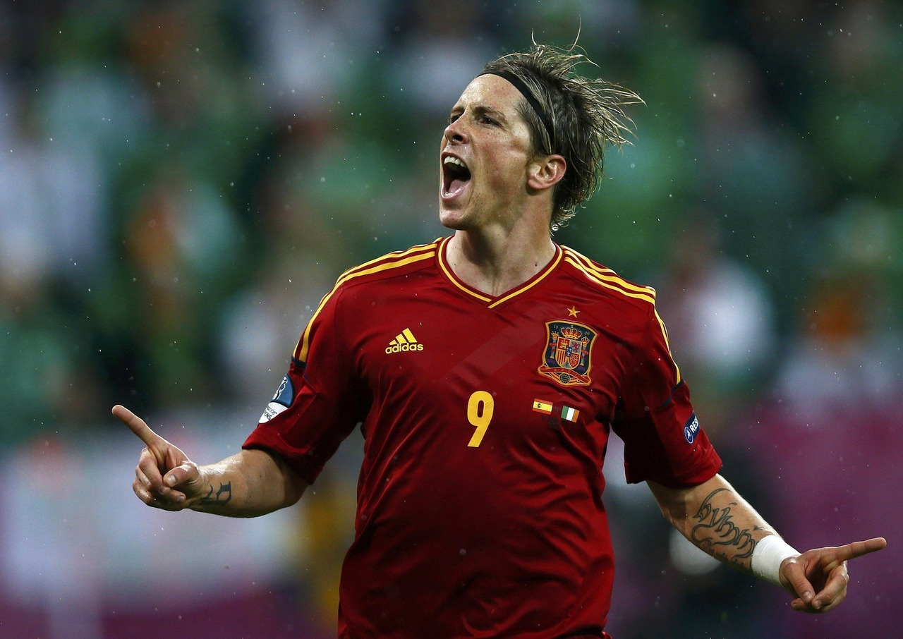 The endTwo goals from the recalled Fernando Torres and one apiece from David Silva and Cesc Fabregas saw defending champions Spain thrash Ireland 4-0 in their Euro 2012 Group C match Thursday.The defeat means Ireland are the first team knocked out of the tournament, though, they can salvage some honour in their final game against Italy.