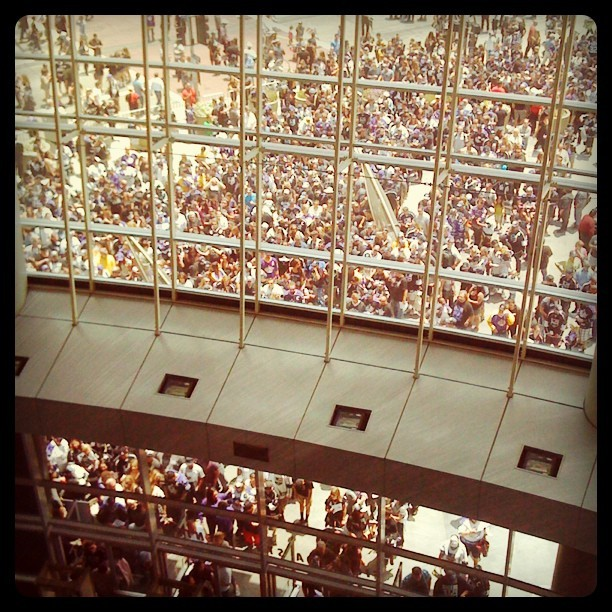 Crap load of people still waiting to get in.  (Taken with Instagram at Staples Center)