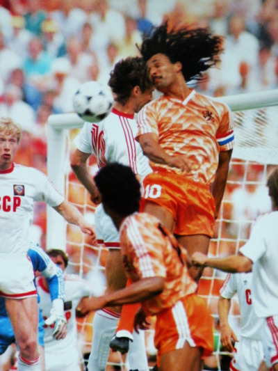 Football in the air. Ruud Gullit. The Flying Dutchman. Euro 88.