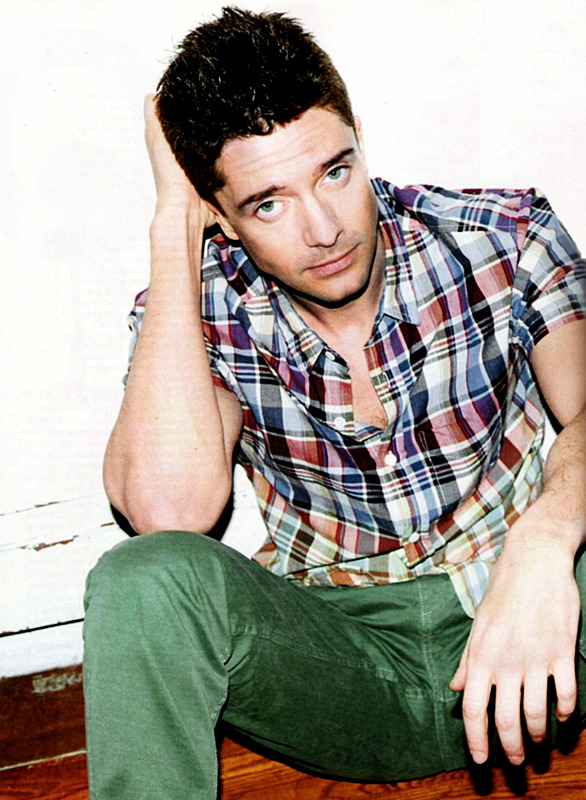 2/20 favorite pictures of Topher Grace