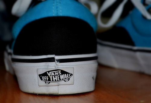 n0-lif3r:  vans. on Flickr. http://www.flickr.com/photos/s0phia96/6205868598/