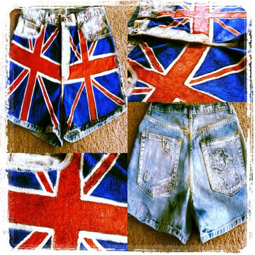 #Custom ordered #BritishFlag #shorts w/ #glitter for a client by #thestyledolls Place your order today!! #red #white #blue #british #flag #handpainted #vintage #flag #fashion #cute #instafashion #art #dope #ootd #lotd #jeans #shredded #paint  (Taken with Instagram)