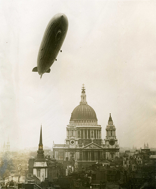 German Graf Zeppelin flies over St. Paul's Cathedral, 1930
