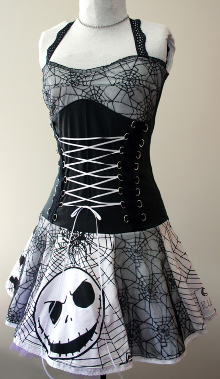 I get asked about this Nightmare Before Christmas corset dress almost everyday, so here it is, available Made To Order! By SmarmyClothes.com
