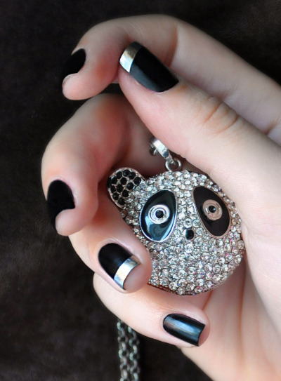 Cute chrome accent nails and panda charm!! (via Loredana D. | Beautylish)