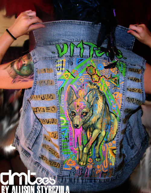 Custom DMTee vest for Luis Omar :) Wolfy goodness. DMTees are handpainted, upcycled fractally rage gear by Allison Styrczula :DWant one?go here: https://www.facebook.com/DMTeeApparel